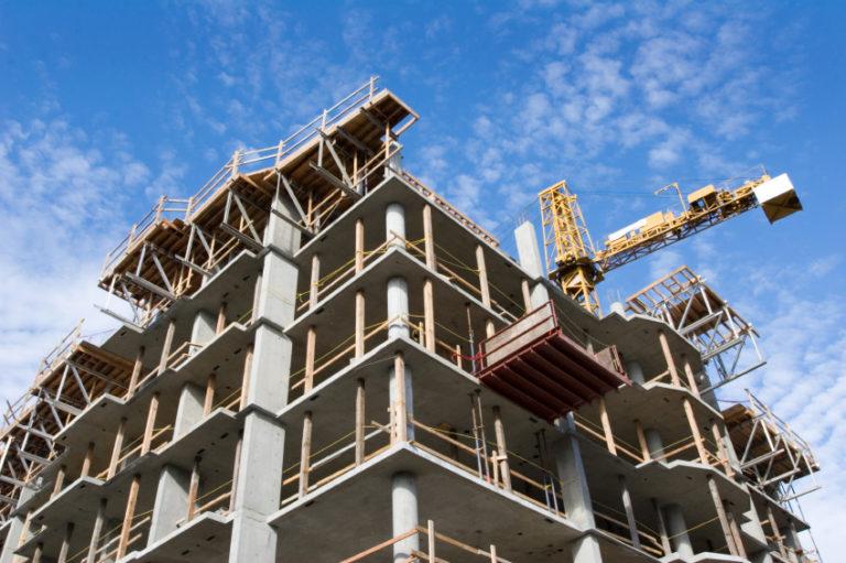 La fideiussione che lega costruttore e acquirente e la visura ipotecaria