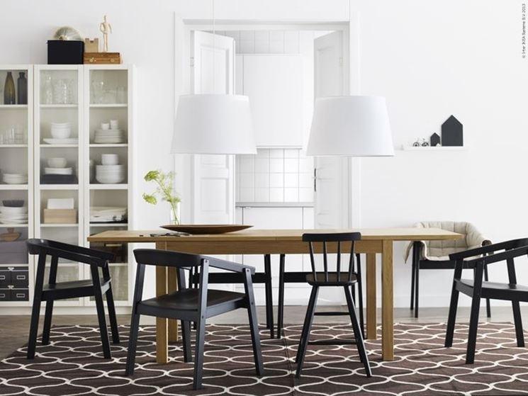 Come abbinare tavolo e sedie casanoi blog for Sedie sala attesa ikea