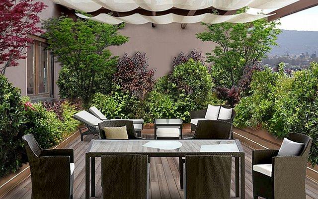 Come arredare il terrazzo casanoi blog for Arredo giardino terrazzo