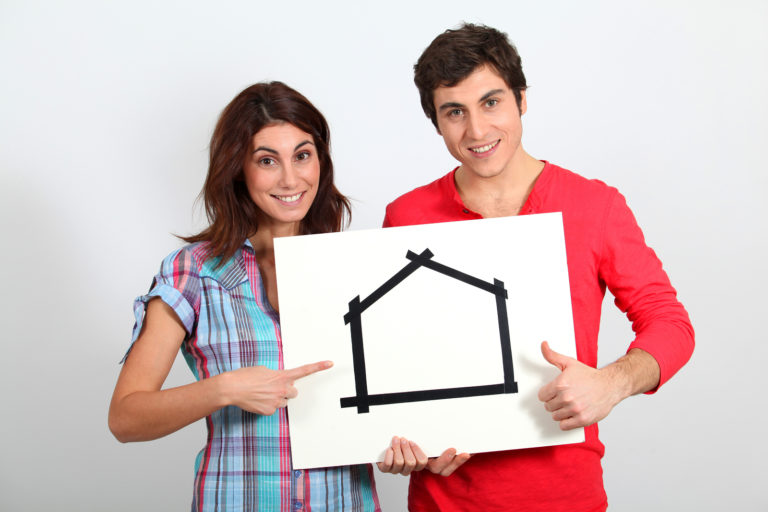 Mutui online giovani qual l 39 et giusta per comprare for Comprare casa online