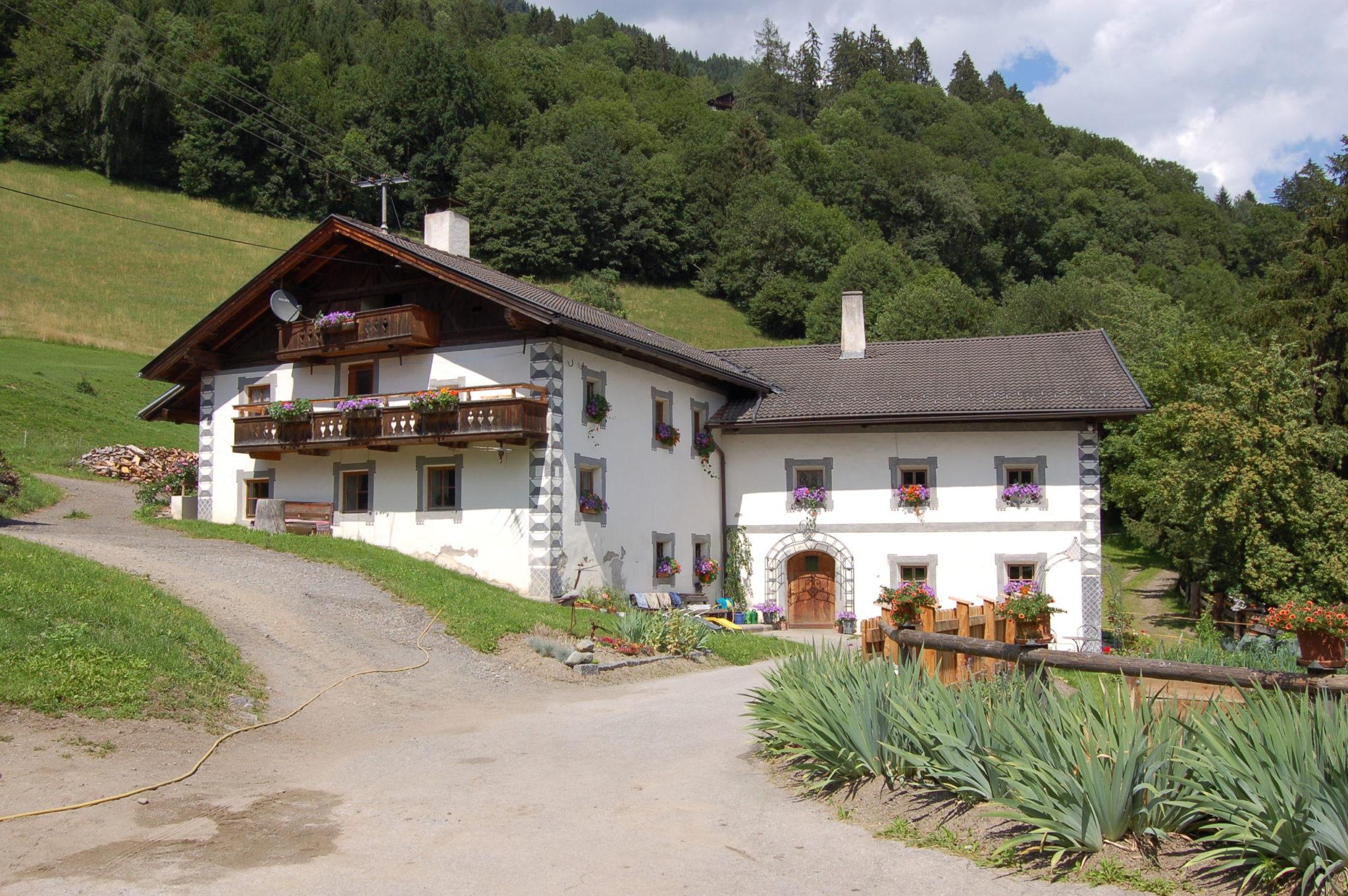 Maso la casa rustica del trentino alto adige casanoi blog for Piani di casa contemporanea rustica