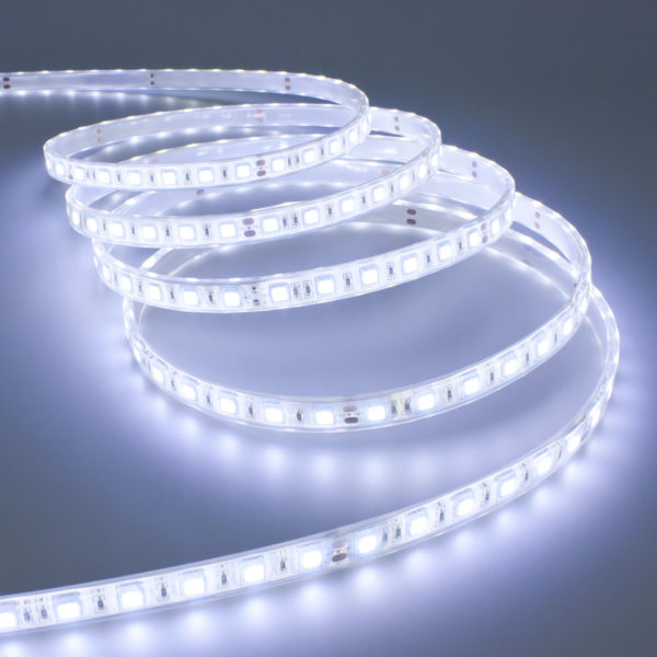 Striscia led adesiva casanoi blog for Luci led per casa
