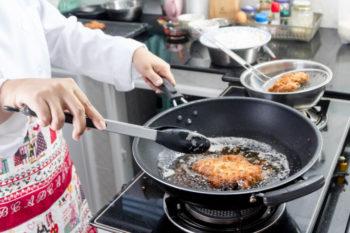 condominio odori forti in cucina punibili per legge