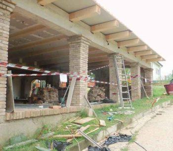 responsabilità per gli abusi edilizi un cantiere bloccato