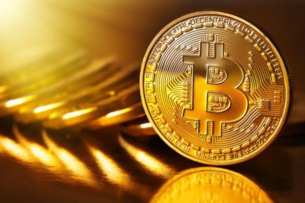 bitcoin per comprare casa FOTO della moneta virtuale bitcoin