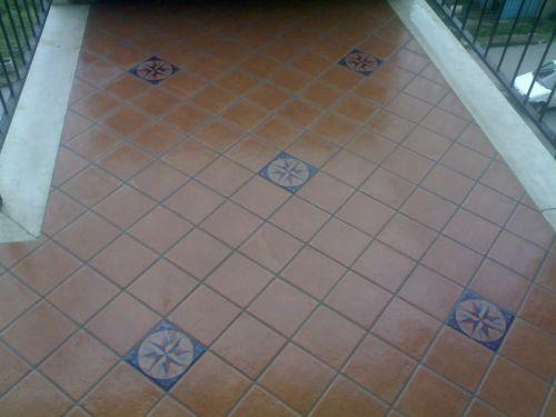 Posa in opera di pavimenti come disporre i vari formati - Posa piastrelle in diagonale ...