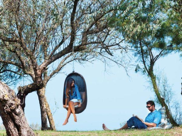 Seduta sospesa a un albero Nest di Atmosphera